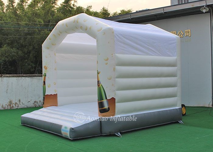 white inflatable bounce house