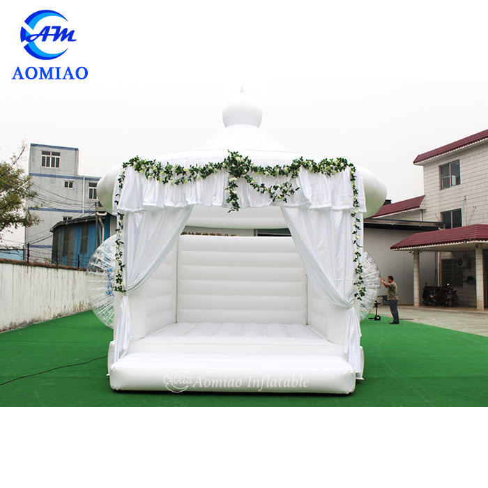 5m x 4m Wedding White Inflatable Bounce House Jumping Castle