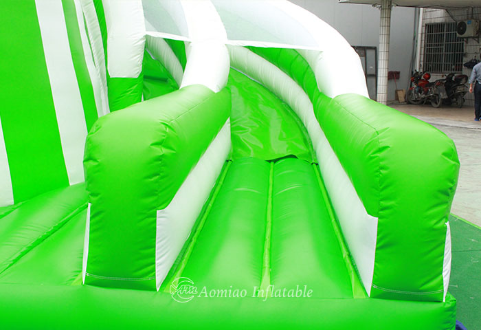 cheap inflatable corkscrew water slide