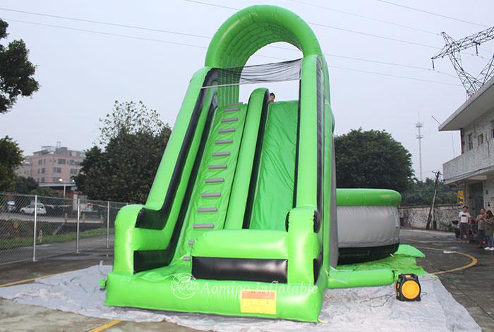 Safe Giant Inflatable Slide