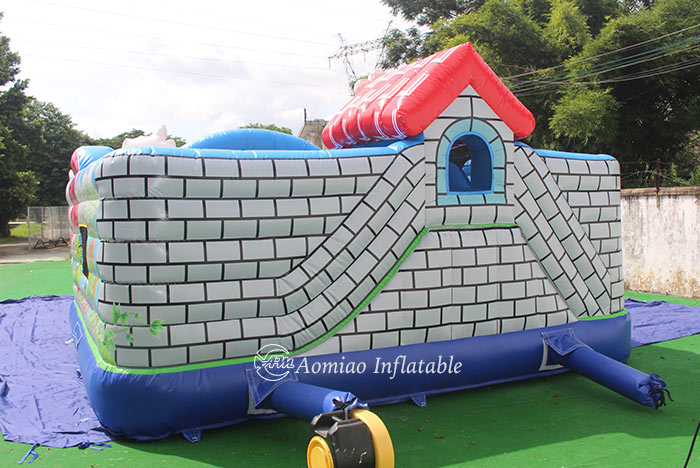toddler jumping castle
